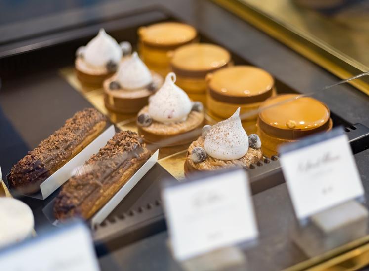 KL Pâtisserie - Vitrine Éclairs, Karadamia & Mont-Blanc