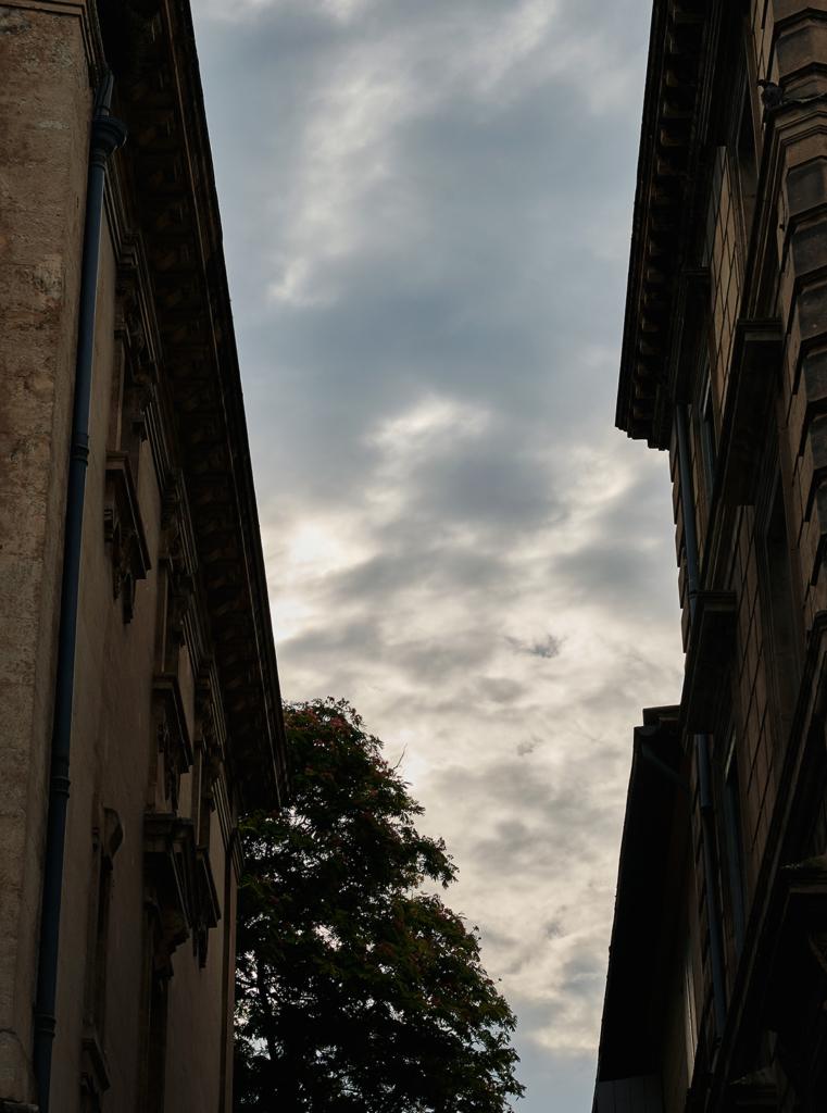 Les rues d'Arles - Ciel menaçant - Arles